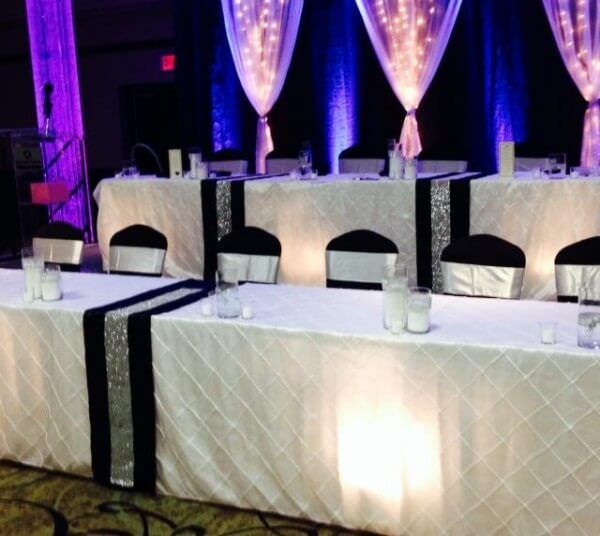 black and white wedding head table