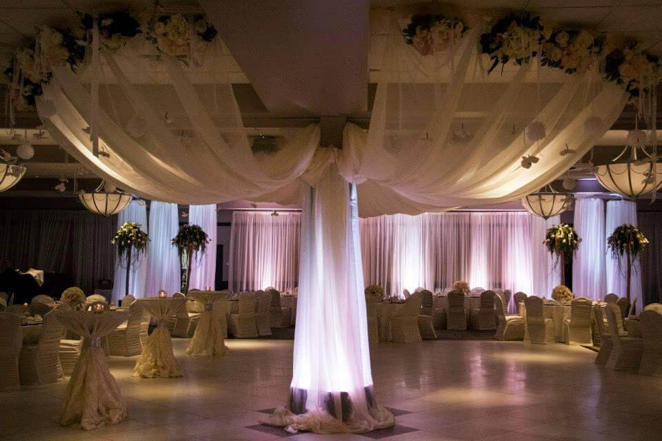 quattro wedding decor